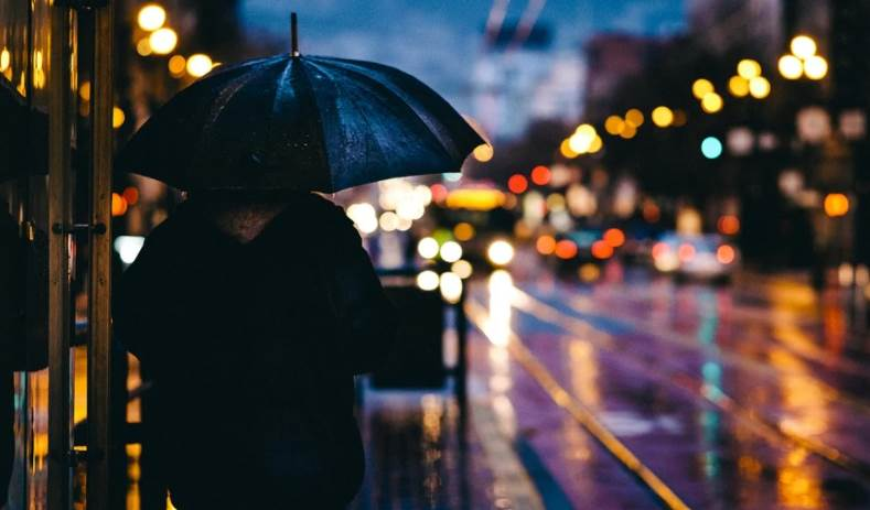 A Bokeh Image of a man on street